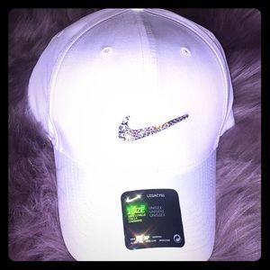 Women's Nike Legacy Bling Hat